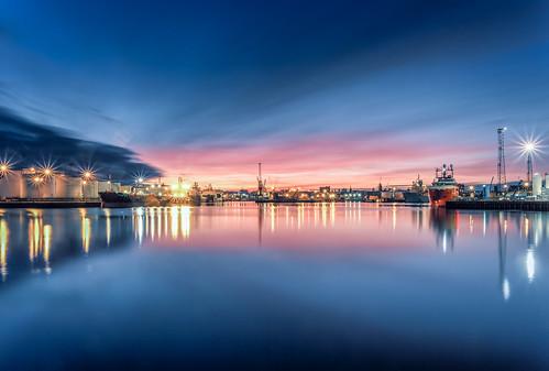 6d aberdeen canonef1740mmf4lisusm harbour outdoor outdoors canon darrenwright dazza1040 eos infinity light longexposure magiclantern reflection scotland seascape sky sunset uk