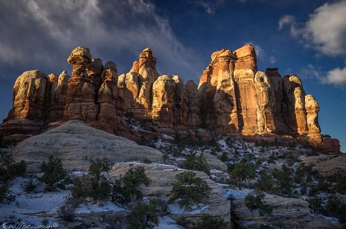 canyonlandsnationalpark needlesdistrict cheslerpark publiclandforpublicuse sunrise coloradoplateau