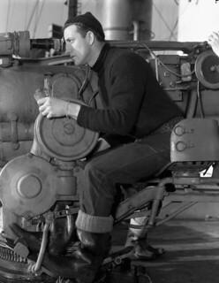 Able Seaman J.P. Clements, outfitted with woollen clothing supplied by the Canadian Red Cross Society, Halifax... / Le matelot de 2e classe J. P. Clements, portant des vêtements de laine fournis par la Croix rouge canadienne, Halifax...