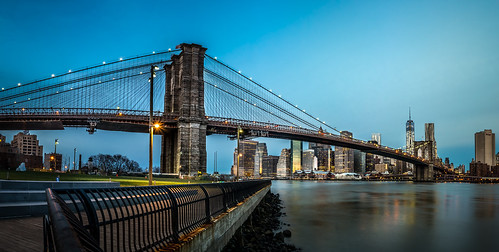 city longexposure bridge sky usa newyork skyline brooklyn clouds skyscraper sunrise river lights downtown manhattan unitedstatesofamerica worldtradecenter stadt brooklynbridge eastriver bluehour amerika sonnenaufgang bigapple groundzero brooklynbridgepark hochhäuser vereinigtestaaten wokenkratzer oneworldtradecenter {vision}:{outdoor}=0989 {vision}:{sky}=0609