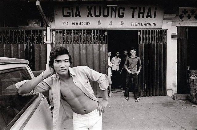 Raymond Depardon - Saigon 1972 - Teenagers