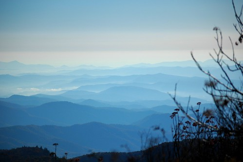 mist fog mountains sky trees horizon ncmountainman carolina d70s phixe lowresolutionversion breathtakinglandscapes nikon clouds