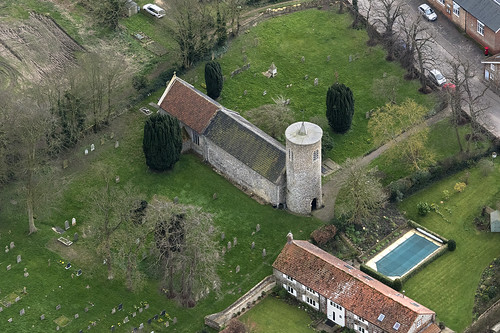 syderstone church aerial norfolk northnorfolk eastanglia roundtower village aerialphotography aerialimage aerialphotograph aerialimagesuk aerialview viewfromplane droneview britainfromtheair britainfromabove hires hirez highresolution hidef highdefinition