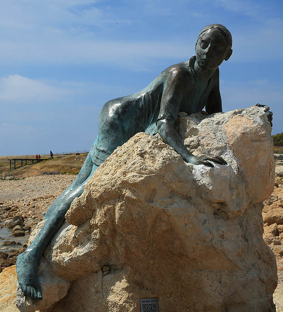 Cyprus : sculpture at Pafos
