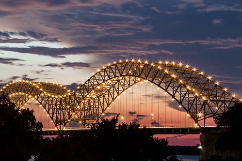 longexposure bridge sunset night river mississippi long exposure tn cloudy memphis tennessee mississippiriver i40 hernandodesotobridge