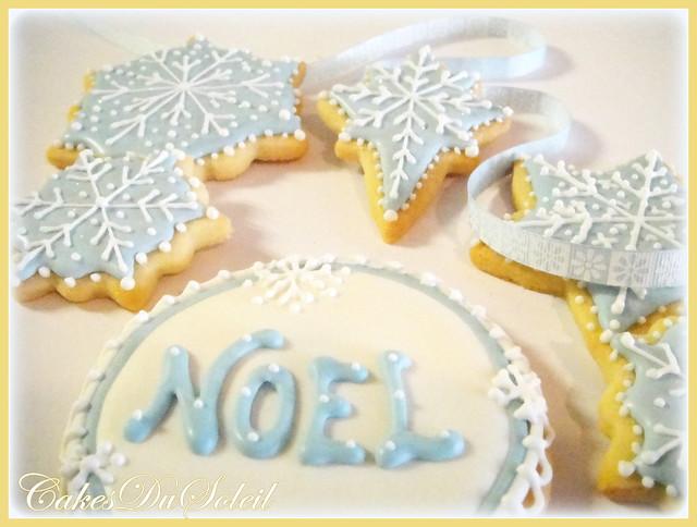 NOEL snowflake cookies