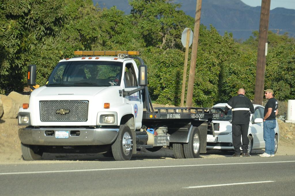 Santa Paula Chevy >> Santa Paula Chevrolet Aaa Chevy Flatbed Tow Truck Flickr