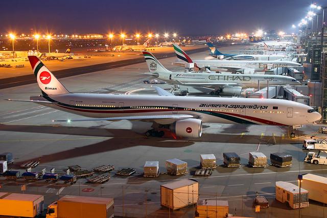 Biman - Bangladesh Airlines Boeing 777-3E9(ER) S2-AHM
