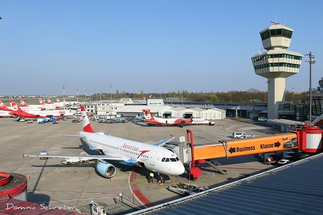 Austrian, OE-LBN at Berlin Tegel Airport, TXL