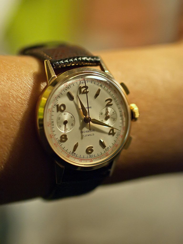 gold vintage chrono