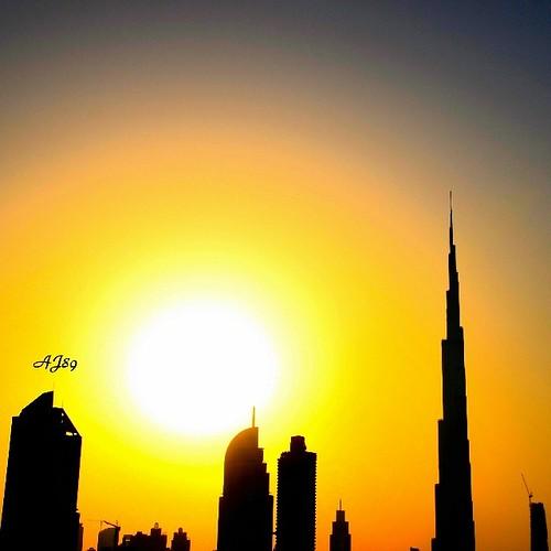 sunset square dubai uae arab squareformat iphoneography burjkhalifa instagram instagramapp uploaded:by=instagram