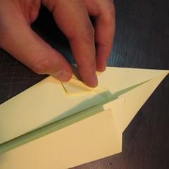 วิธีการพับกระดาษเป็นรูปหงส์ 008