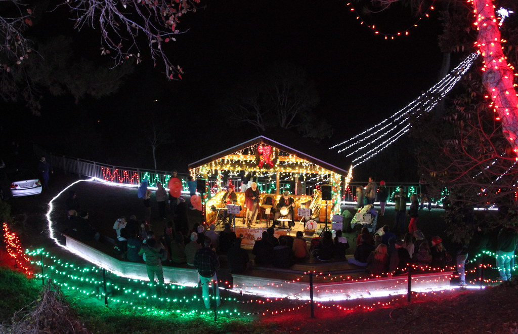 Cambria Christmas Market.Live Music Bandstand At The Cambria Christmas Market In Ca