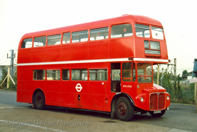 Ex-Green Line AEC Routemaster RCL2256 , CUV 256C on delivery to Southend Transport as RML2256, before becoming ST 121