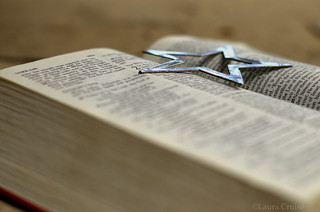 Open Bible with silver star-2 | by Cruise93