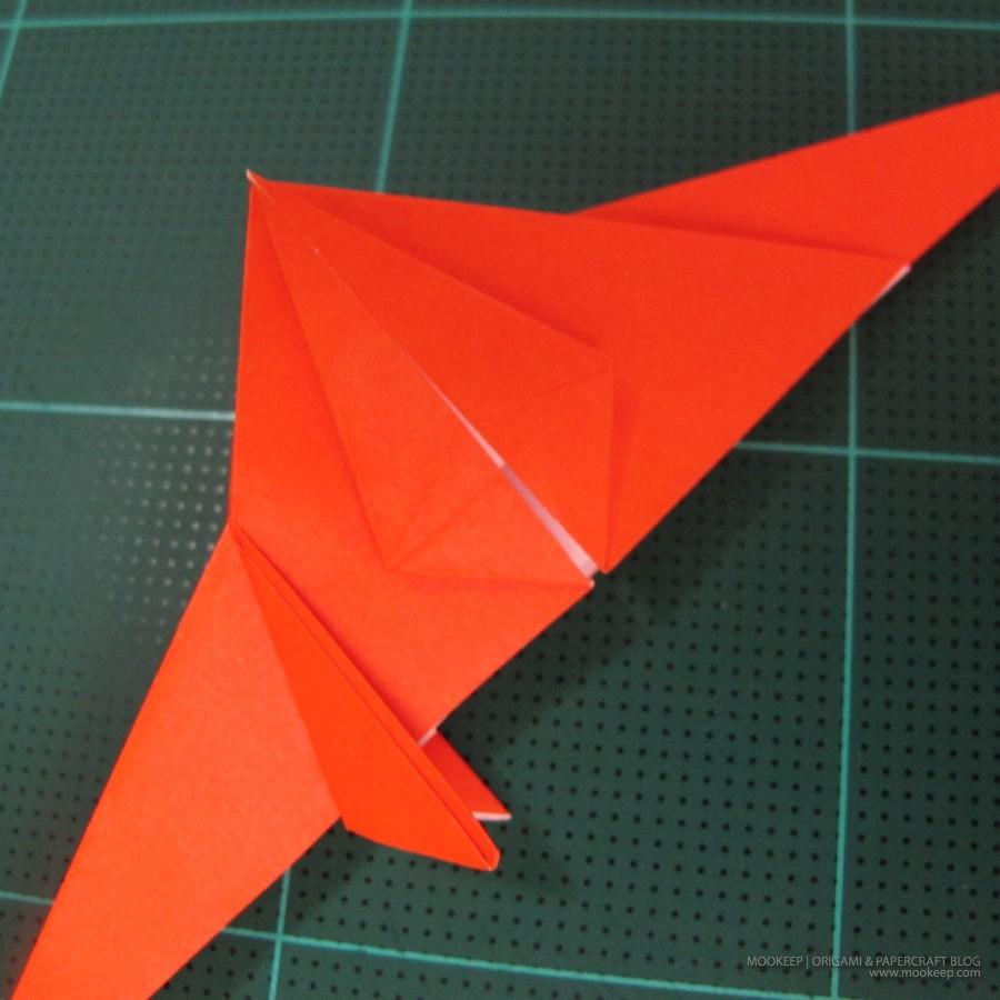 วิธีการพับกระดาษเป็นรูปไดโนเสาร์ (Origami Dinosaur) 010