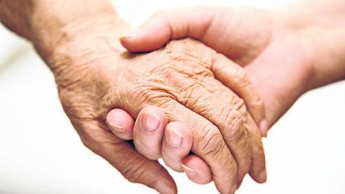 Adult Helping Senior In Hospital | by Vormingplus Gent-Eeklo vzw