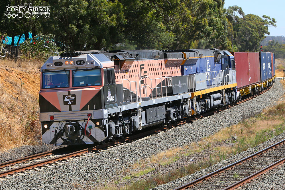 Black Caviar CF4412 & CF4411 with the 3MC1 at Broardford by Corey Gibson