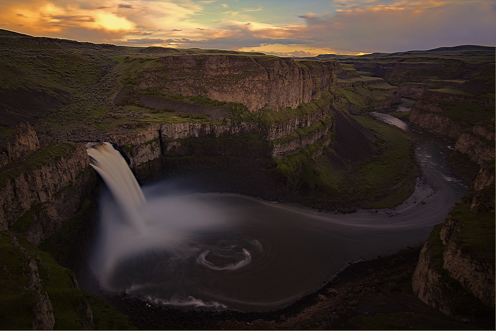 Palouse Falls wide | 198 ft plunge of Palouse Falls in Washi… | Flickr