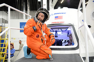 Astronaut Randy Bresnik evaluates Boeing CST-100 | by The Boeing Company