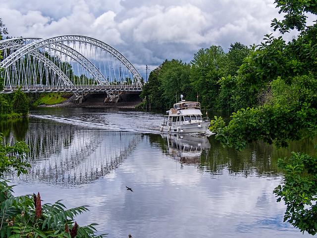 Rideau River afternoon, Vimy Bridge