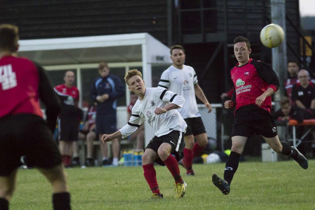 Tring Athletic 2-1 Royston