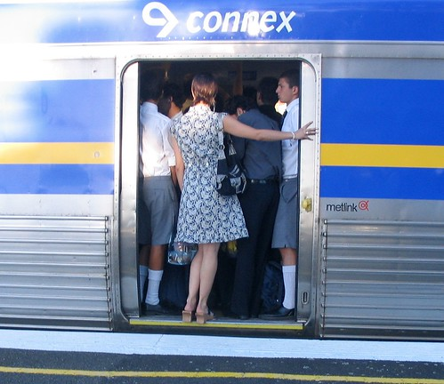 Glenhuntly station - train crowding | by Daniel Bowen
