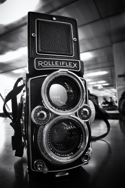 L1600671 ~ The Rollei: a beauty!