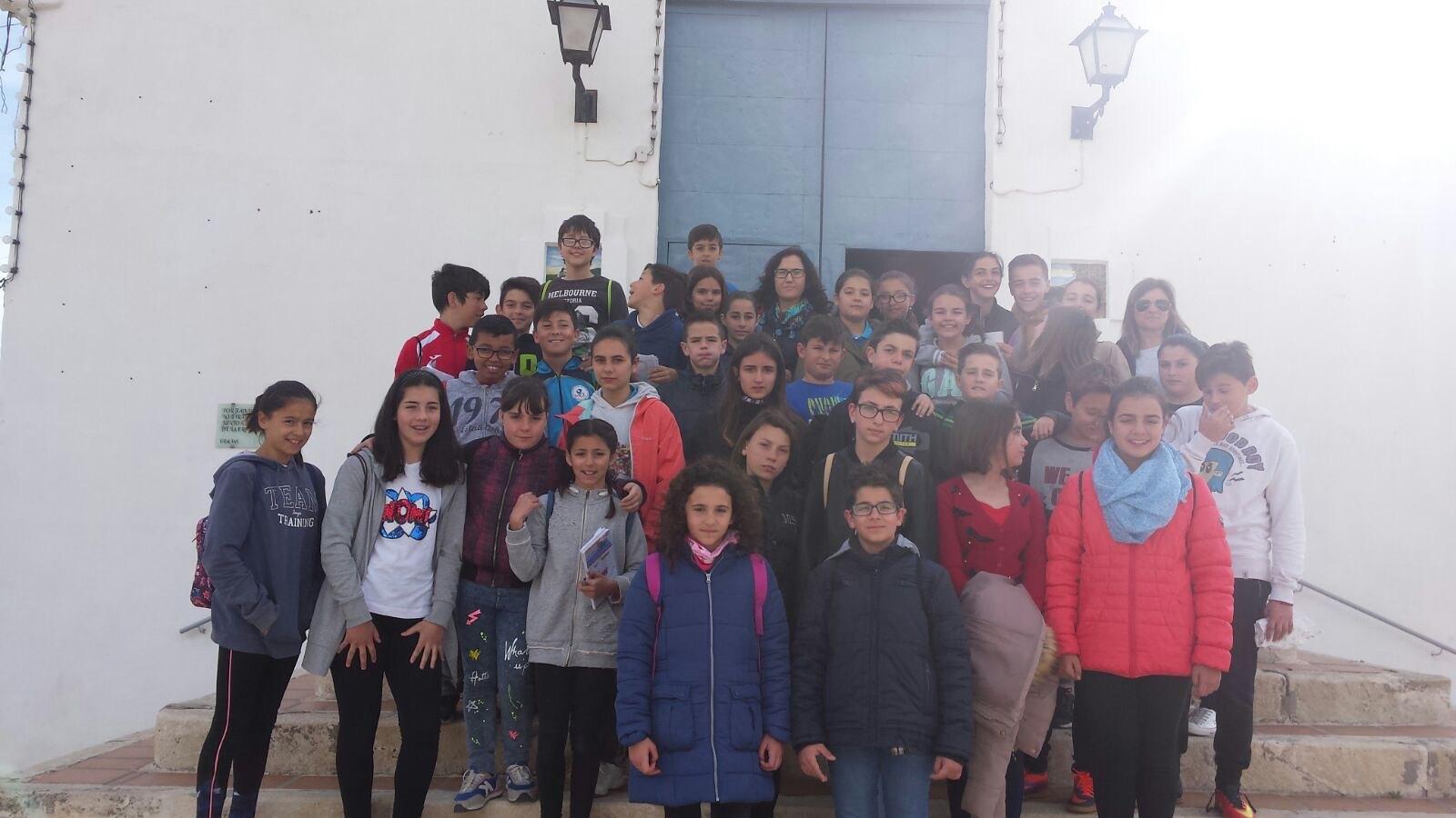 (2017-03-31) - Visita ermita alumnos Yolada-Pilar, Virrey Poveda-9 de Octubre - Maria Isabel Berenquer Brotons (04)