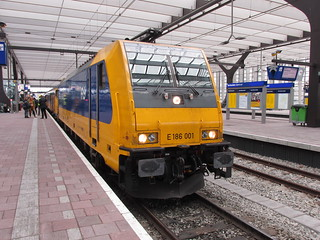 NS high speed traxx E 186 001   by TimF44