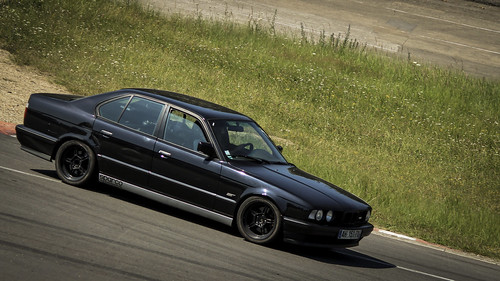 Montlhéry Trackday - 14 Juillet 2013 - BMW M5 E34 Photo