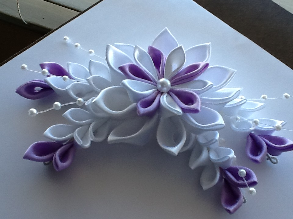 A Pretty Purple Flower Barrette Hair Clip