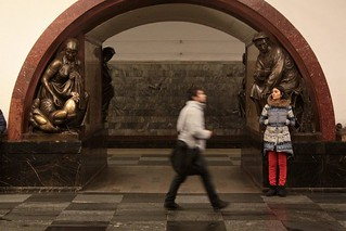 Bronze sculptures along the Moscow Metro platform | by Marcus Wong from Geelong