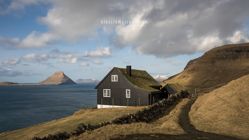 Traditional Faroese house in Velbastaður