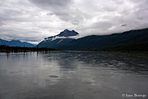 mountains water river lake peak train mckinleyexplorer clouds alaska canonrebelxsi reflections unitedstates america usa
