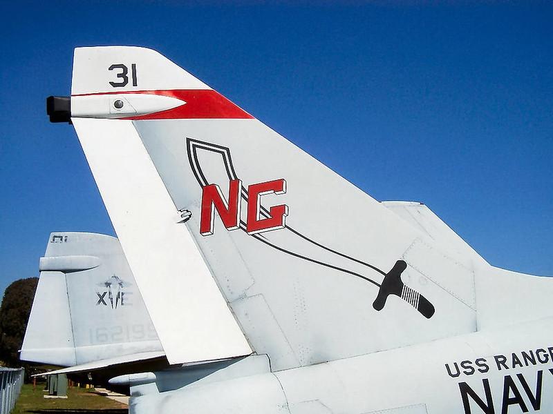 A-7B Corsair II (2)
