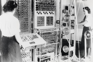 Wrens operating the 'Colossus' computer, 1943. | by TNMOC