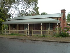 'The Gums' Cottage, 10 Bishop Street