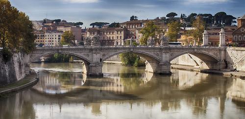 bridge italy rome roma landscape italia pano panoramic ponte ii panoramica roberts mathew emanuele vittorio mathewroberts romeweek {vision}:{sky}=0695 {vision}:{outdoor}=0981 {vision}:{clouds}=0574