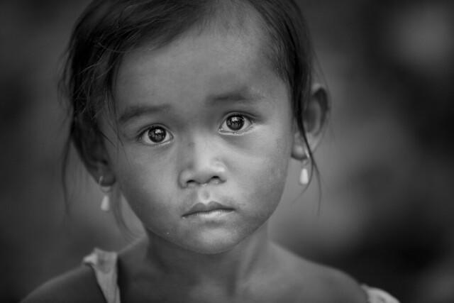 cambodge: jeune fille à Siem Reap.