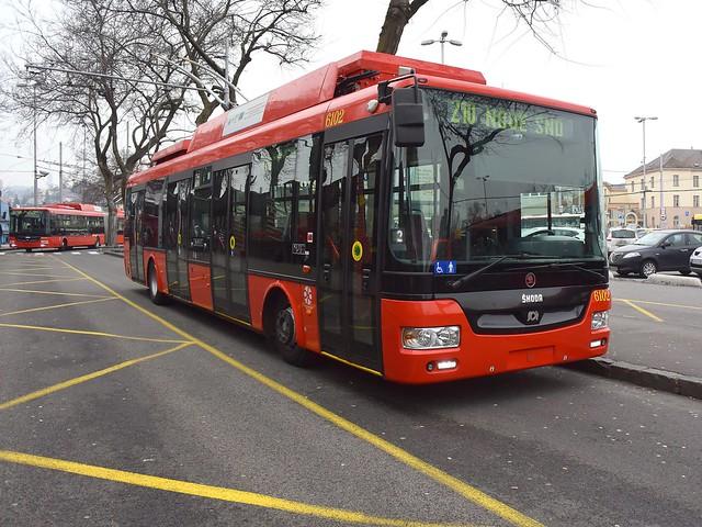 Škoda 30 TrDG SOR trolleybus 6102