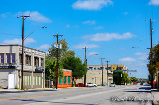 Broadway near Pearl | by Raul's Photography