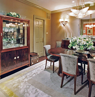 dining room with buffet2