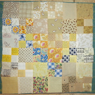 Alternating block #15  - Kitty in the flower patch