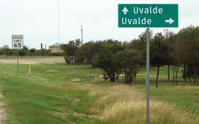 uvalde-street-sign
