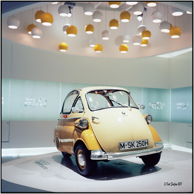 Isetta, the beginning_Rolleiflex 3.5B