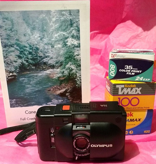 The #birthday month got extended!! Film awesomeness from my buddy Steve from #tennessee  💕  #olympusXA #rangefinder #film #analogrocks #friendship #homemade #birthdaycard #luckyme