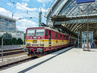 371 001-9 ČD 'Lucka' Dresden Hbf 26.07.10 | by Paul David Smith - Epping