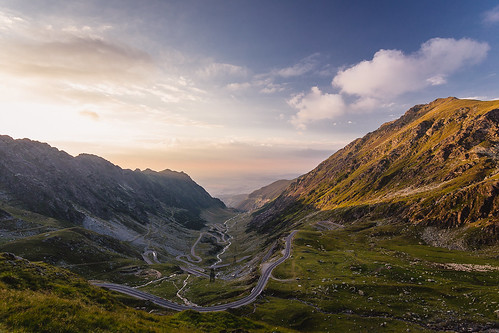 street sunset summer nature clouds landscape evening abend sonnenuntergang sommer natur wolken places spots romania orte landschaft fagaras hermannstadt rumänien transfagarasan balealac transfagaras