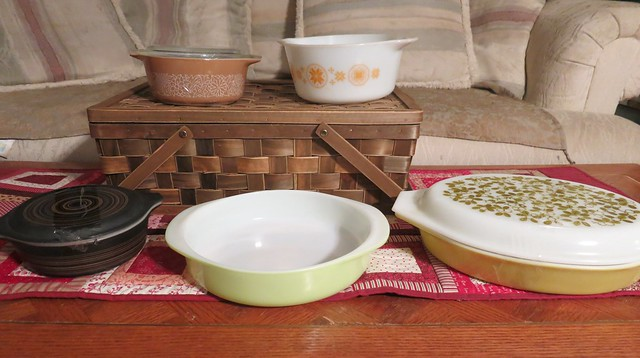 This is what I came home with!   My first Terra, My second Olive Verde piece, my third Lime if I include the 3 plates I have, my fifth piece to the Woodland style and with Town and Country I would say this is about the 7th piece.